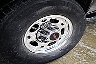 GMC 2500 Truck Wheels & Centercaps AFTER Chrome-Like Metal Polishing and Buffing Services / Restoration Services - Wheel Polishing - Aluminum Polishing