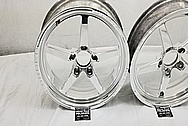 Weld Alumistar Aluminum Wheels AFTER Chrome-Like Metal Polishing and Buffing Services - Aluminum Polishing - Wheel Polishing