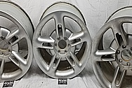 2004 Chevrolet SSR Aluminum Wheels BEFORE Chrome-Like Metal Polishing and Buffing Services / Restoration Services - Aluminum Polishing