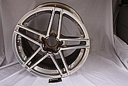 Chevy Corvette Aluminum Wheels BEFORE Chrome-Like Metal Polishing and Buffing Services / Restoration Services
