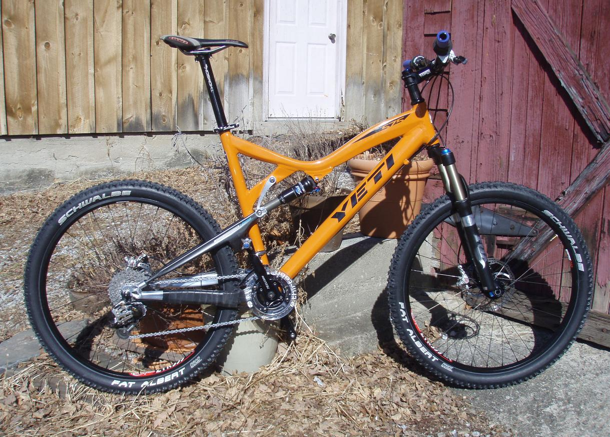 Parting Out A Buddies Bike Yeti 575 Frame And Alot Of Really