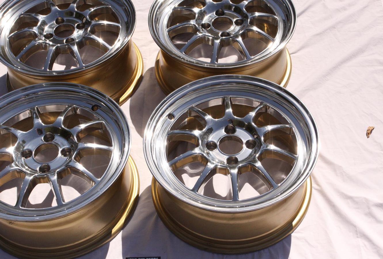 Polish Aluminum Wheels Mirror Finish http://www.talonclub.com/forum/showthread.php?17402-Drag-DR16-Customer-Wheels-AFTER-Metal-Polishing-Services