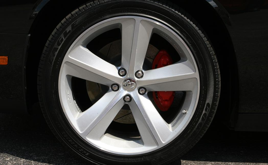 Polish Aluminum Wheels Mirror Finish http://www.modularfords.com/threads/115204-20-quot-Challenger-Wheels-Polished-B-amp-A